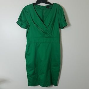The Limited size 6 green short sleeve dress